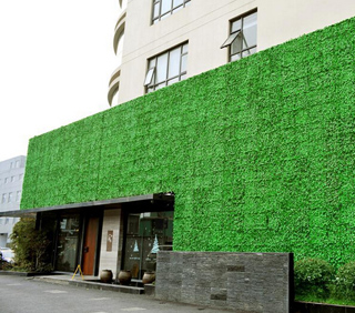 artificial-hedging-for-green-wall-supermarket-wall-covering