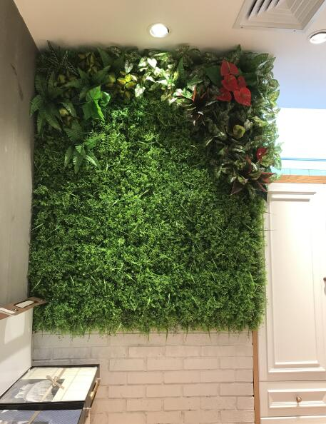 artificial-hedges-for-white-wall-decor
