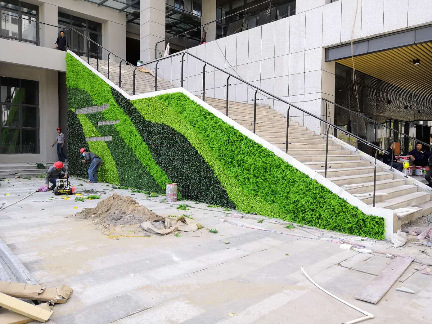artificial-wall-covering-plants-for-business-improvement