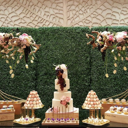 artificial-garden-screening-ideas-for-wedding-decor