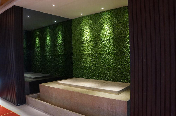 Excellent Artificial hedging used for interior and exterior wall landscaping