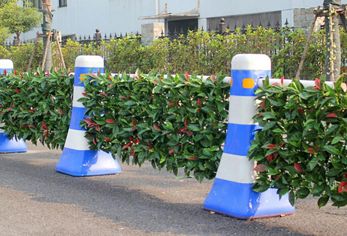 artificial-hedges-for-boundary-divider