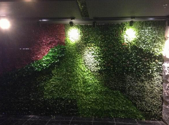 Artificial plant hedges for interior wall decor